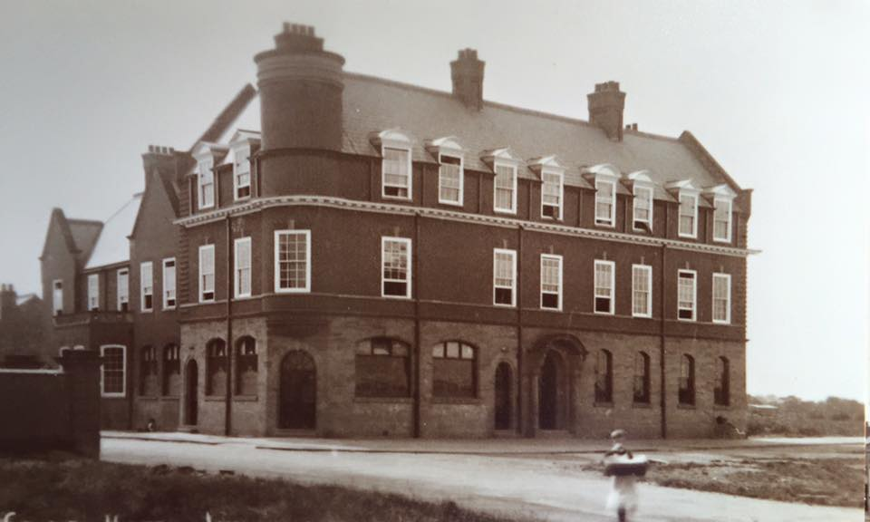 The County Hotel in 1925